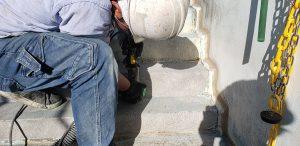 群馬県 小学校プール 床、壁塗膜撤去4 株式会社タナカペインティング-田中塗り床工業-