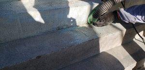 群馬県 小学校プール 床、壁塗膜撤去5 株式会社タナカペインティング-田中塗り床工業-