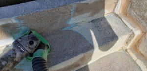群馬県 小学校プール 床、壁塗膜撤去6 株式会社タナカペインティング-田中塗り床工業-