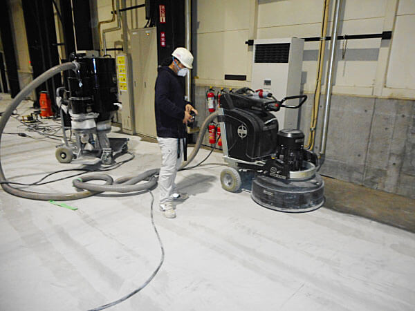 下地処理5 -田中塗り床工業-