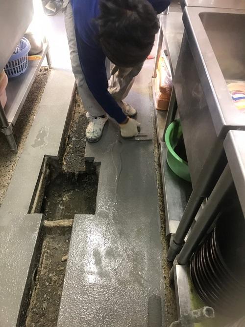 ラーメン屋厨房 塗床補修工事6 株式会社タナカペインティング-田中塗り床工業-